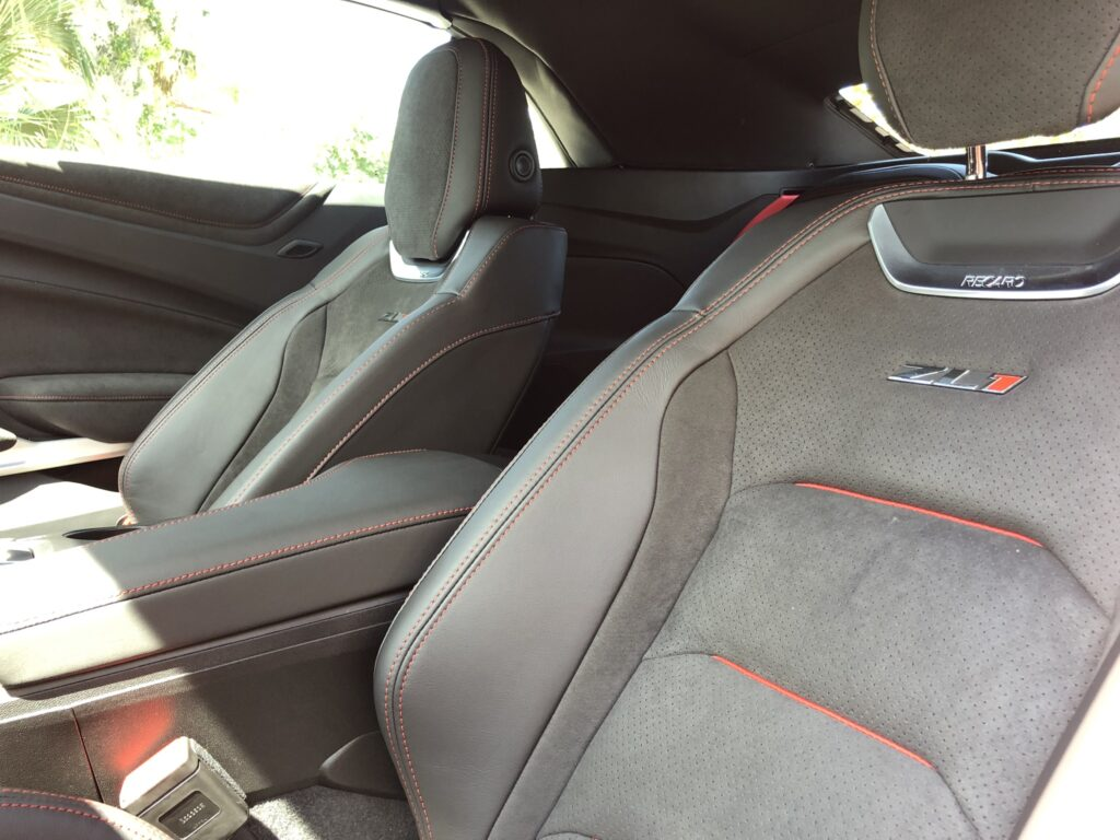 cars interior detailing services